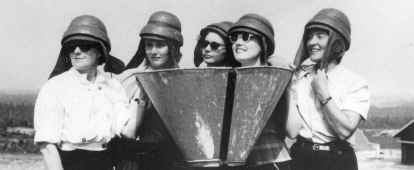 Naiset ilmailevat Ilmailumuseon kokoelmissa
